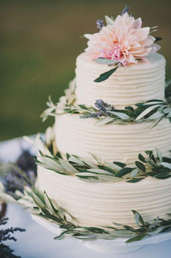 Cake: Style Me Pretty