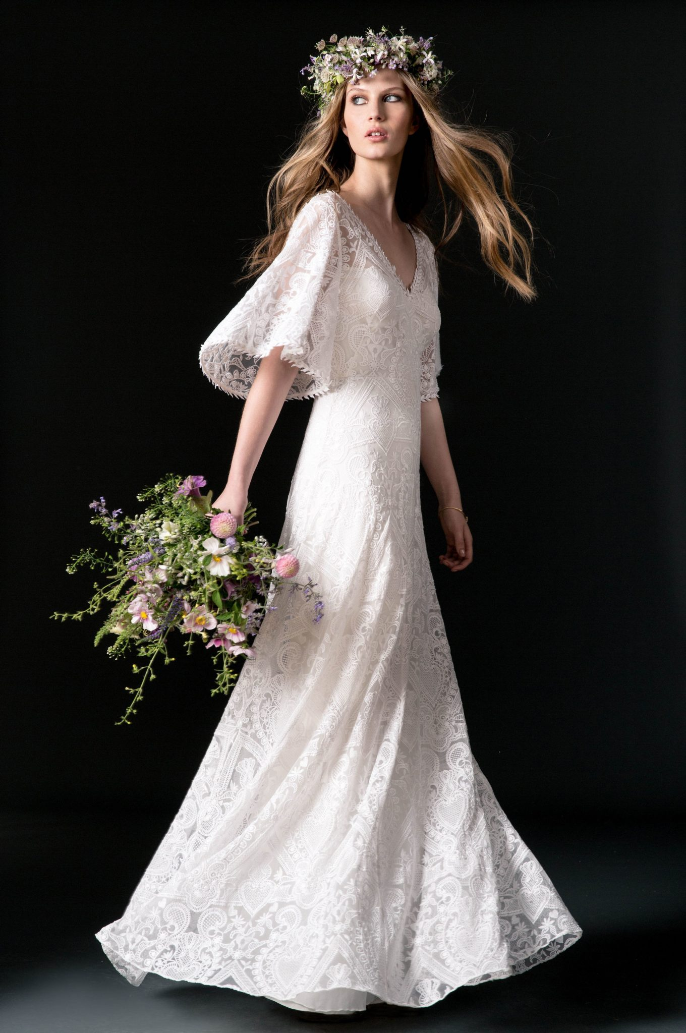 Bridal Fashion Week Fall 2018 Sleeve Wedding Dress | www.thestyledbride.com