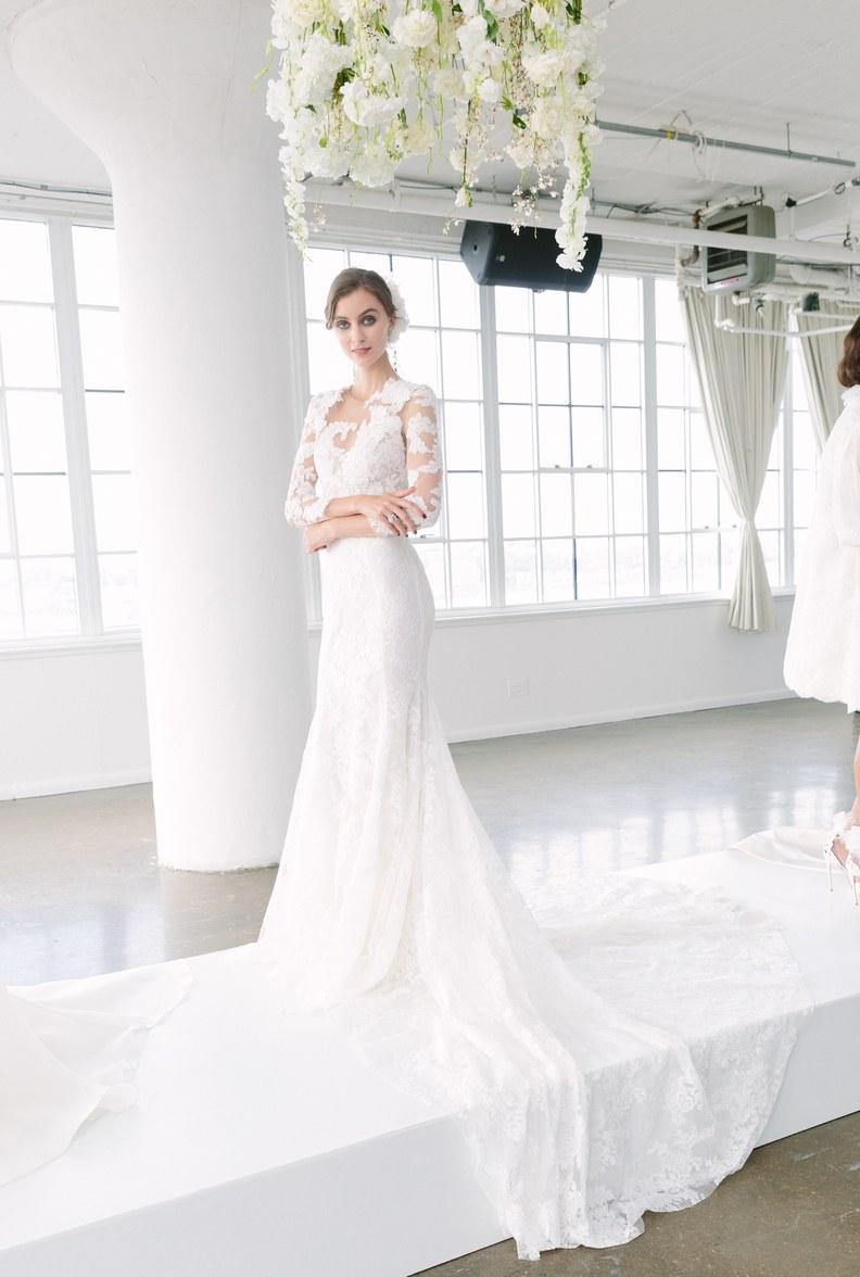 Bridal Fashion Week Fall 2018 Sleeve Wedding Dress | www.thestyledbride.com